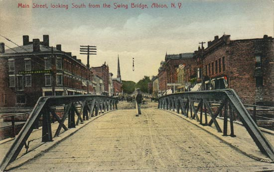 A swing bridge was built to cross the canal at Albion in the western section.  Could that have been because of the tragedy that happened at this site in 1859?